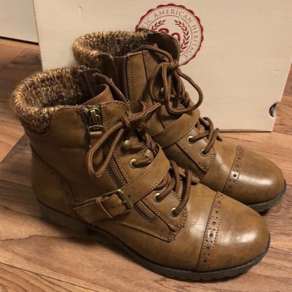 So Hackberry Cognac Boots Size 7 Wide